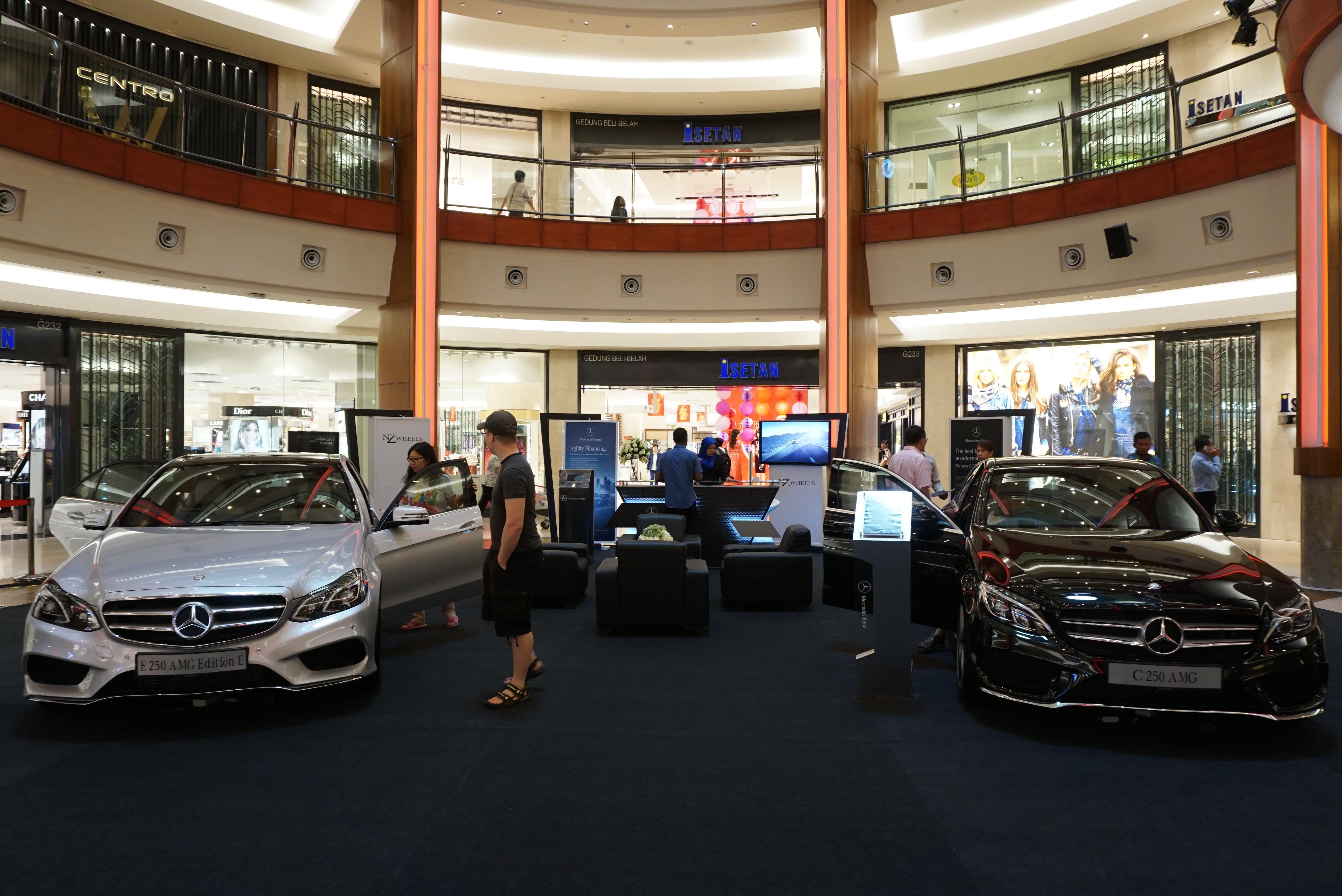 The gardens mall nz wheels mercedes benz for Mercedes benz miami gardens